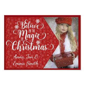 De rode Sneeuwvlok gelooft de Kerstkaart van de Kaart