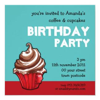 De rode Uitnodiging van de Verjaardag van Cupcake