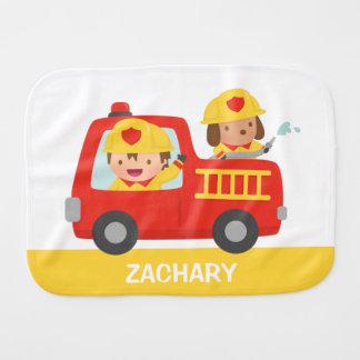 De rode Vrachtwagen van de Brand met de Spuugdoekje