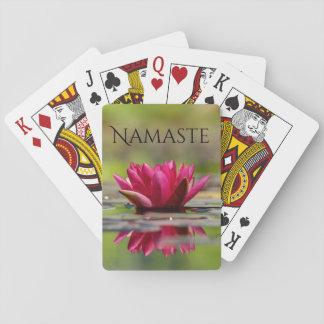 De Rode Waterlelie van Namaste Speelkaarten