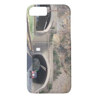 De rotsachtige Tunnel van de Berg iPhone 8/7 Hoesje