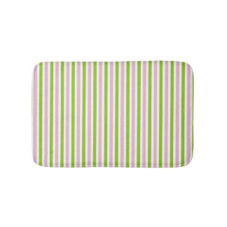 De roze en groene gestreepte kleuren van de badmat