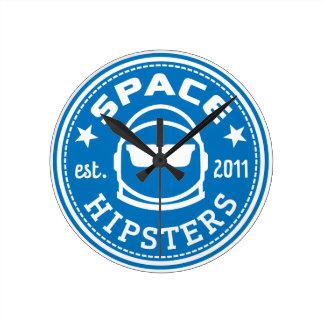 De ruimte Klok van de Muur Hipsters