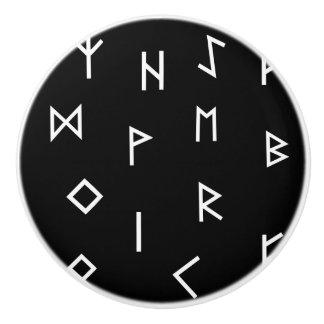 De Runen van Viking Keramische Knop