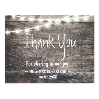 De rustieke hout en koordlichten danken u briefkaart