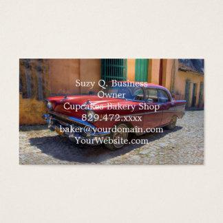 De scène van de straat met oude auto in Havana Visitekaartjes