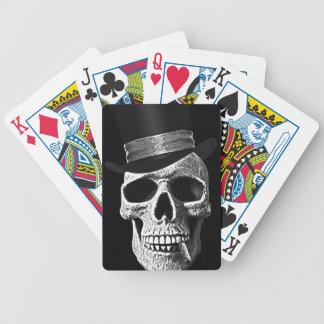 De schedel van hoge zijden poker kaarten