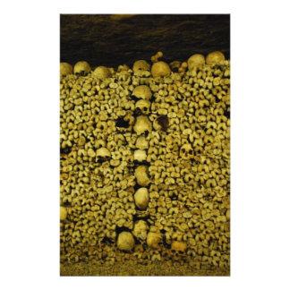 De Schedels en het Bot van de Catacomben van Gepersonaliseerde Folder