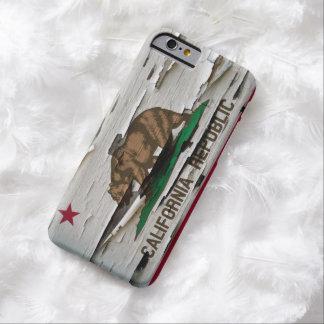 De Schil van de Verf van de Vlag van Californië Barely There iPhone 6 Hoesje
