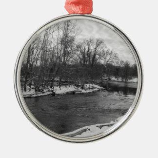 De Schoonheid James River Grayscale van de sneeuw Zilverkleurig Rond Ornament