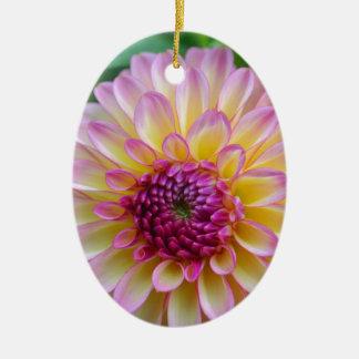 De Schoonheid van de dahlia Keramisch Ovaal Ornament