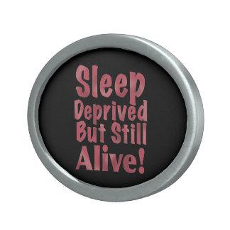 De slaap beroofde maar nog Levend in Framboos Gesp