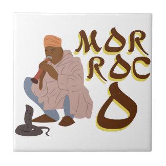 De Slangenbezweerder van Marokko Keramisch Tegeltje
