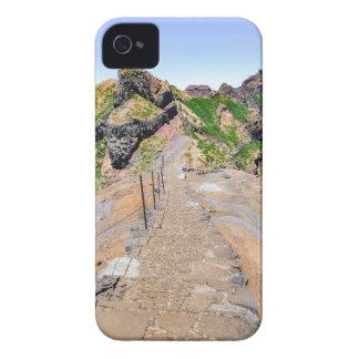 De sleep van de wandeling omhoog in bergen op iPhone 4 hoesje