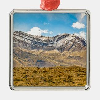 De sneeuw Bergen Patagonië Argentinië van de Andes Zilverkleurig Vierkant Ornament