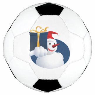 De sneeuwman overhandigt gift…
