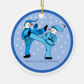 De Sneeuwmannen van vechtsporten voor het Ornament