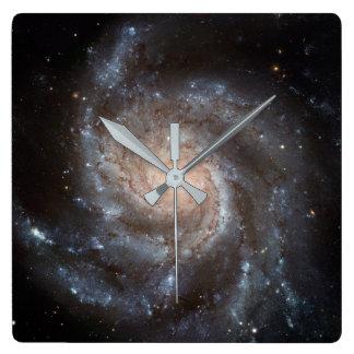 De spiraalvormige Klok van de Muur van de Melkweg