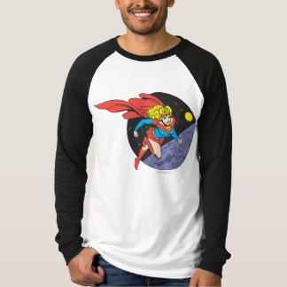 De Sprongen van Supergirl in Ruimte T Shirt