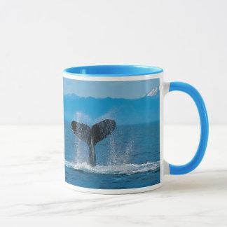 De Staart van de Walvis van de gebochelde, tegen Mok