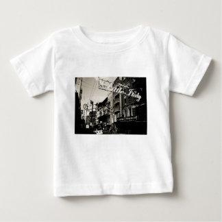 De Stad van New York Weinig Italië Baby T Shirts