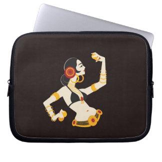 de stammen danser van de fusiebuik met laptop sleeve