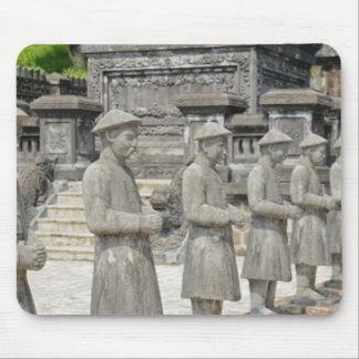 De Standbeelden van het Graf van de steen Muismatten
