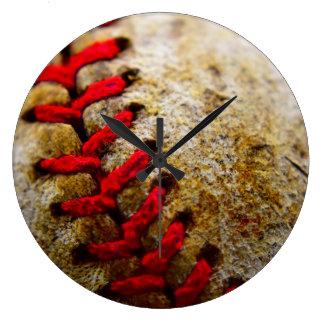 De steek van het honkbal om klok