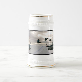 De Stenen bierkroes van het Bier van de Trucs van  Koffie Mokken