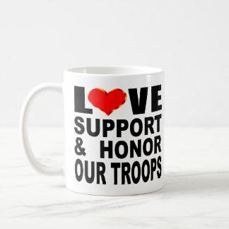 De Steun van de liefde en eert Onze Troepen Koffiemok