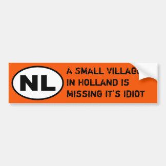 De Sticker van NL - de Ontbrekende Idiot van het D Bumpersticker