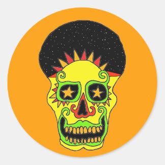 De stickerdag & nacht van de Schedel van de zon Ronde Sticker