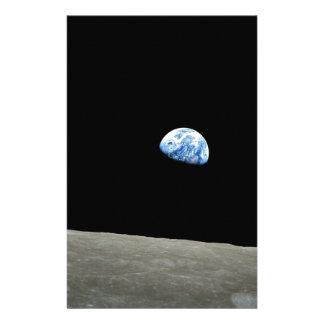 De Stijgingen van de aarde van Maan Briefpapier