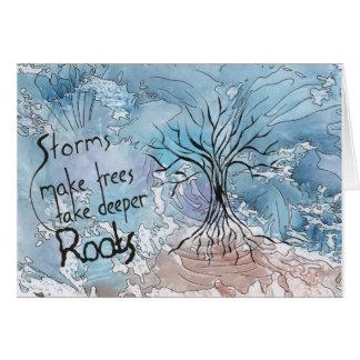 De stormen maken bomen diepere wortels nemen kaart