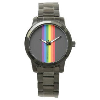 De Strepen van de regenboog op de Zwarte Vrolijke Horloges