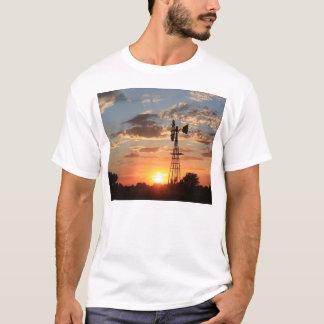 De T-shirt van de Zonsondergang van de windmolen