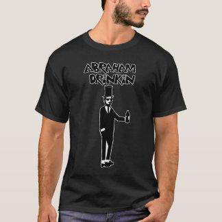 De T-shirt van Drinkin van Abe