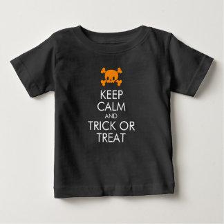 """De T-shirt van Halloween: """"Houd Kalm en Trick or"""