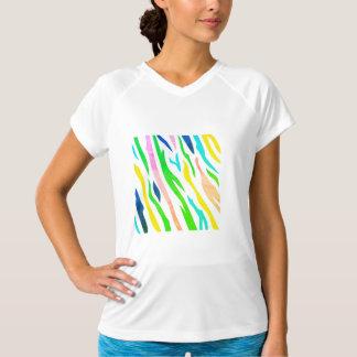 De t-shirt van ontwerpers met het Bos schilderen