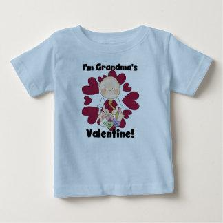 De T-shirts en de Giften van Valentijn van de Oma
