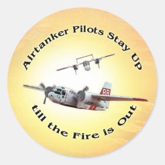 De tankers blijven omhoog tot de Brand uit is Ronde Stickers