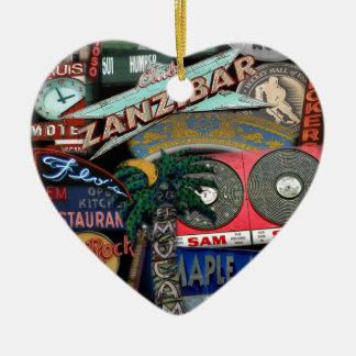 De Tekens van Toronto Keramisch Hart Ornament