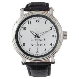 De tijd wacht op niemand horloges