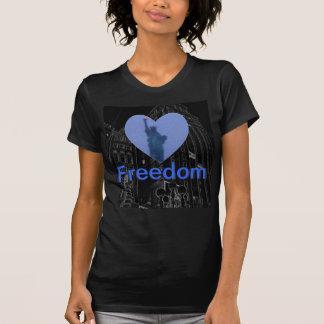 De Toorts van dame Liberty Free Heart Tshirt