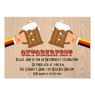 De Toost van het Bier van Oktoberfest 12,7x17,8 Uitnodiging Kaart