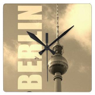 De Toren 002.F.002.3 van TV van BERLIJN Vierkante Klok