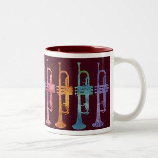 De Trompetten van de regenboog op Kastanjebruin Tweekleurige Koffiemok