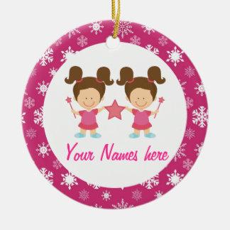 De tweeling Gift van de Herinnering van Kerstmis Rond Keramisch Ornament