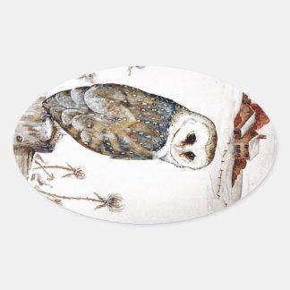 De Uil van de schuur op de jacht Ovale Sticker