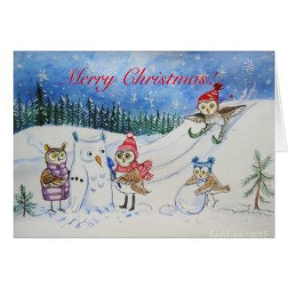 De uilen die van Kerstmis in sneeuw spelen Briefkaarten 0